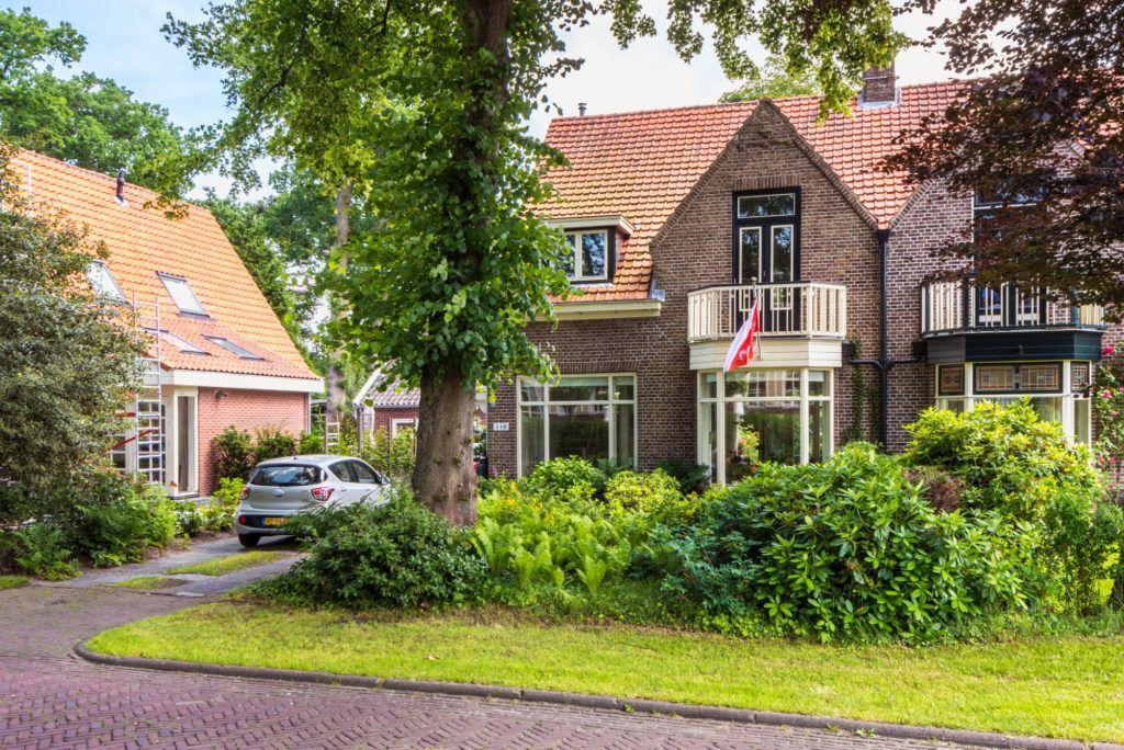 Huize Kuuk is een vakantiehuis voor 5 personen vlakbij het centrum van Bergen